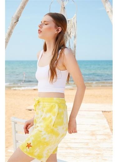 Latin Quarter Deniz Yıldızı Motifli Beli Lastikli Bermuda Şort Sarı